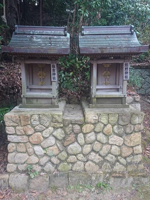 住吉神社と熊野神社の摂末社
