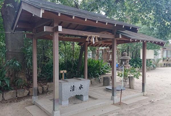 素戔嗚神社の手水舎