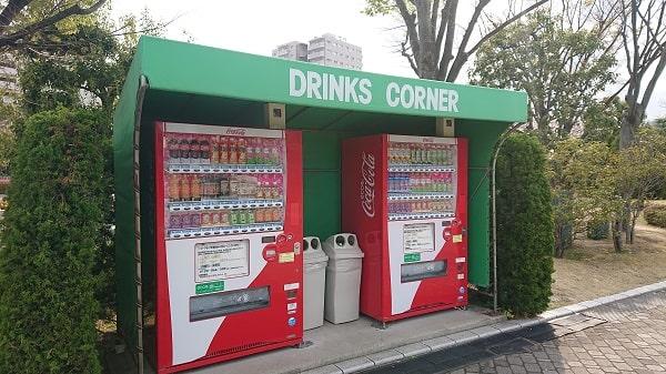 阪神競馬場の自動販売機