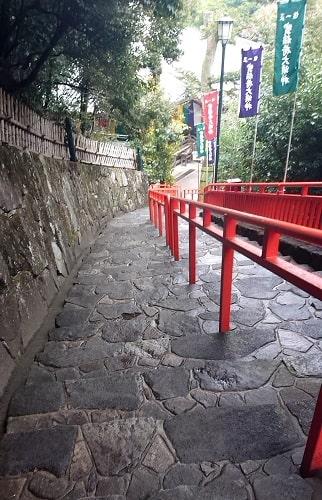 清荒神の階段