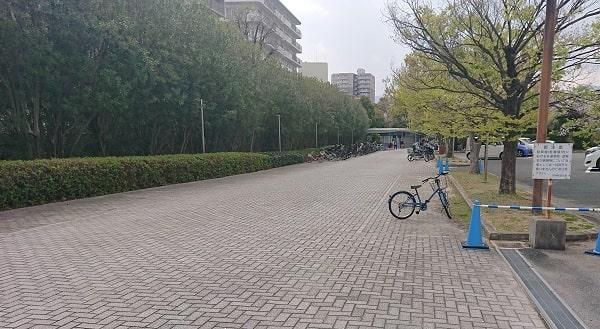 阪神競馬場の駐輪場