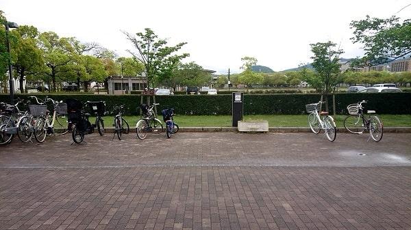 末広中央公園の駐輪場