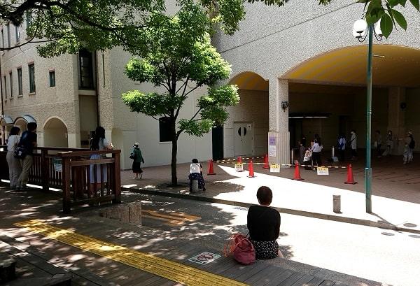 宝塚大劇場で入り待ち