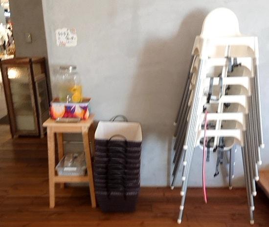 アプサラカフェの子供椅子
